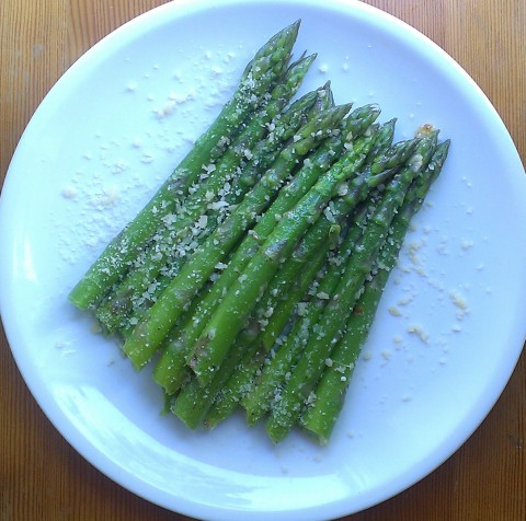 garlic-parmesan asparagus